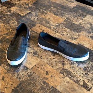 Wild Diva Black Snakeskin Canvas Shoes
